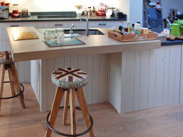 brocante keuken hout